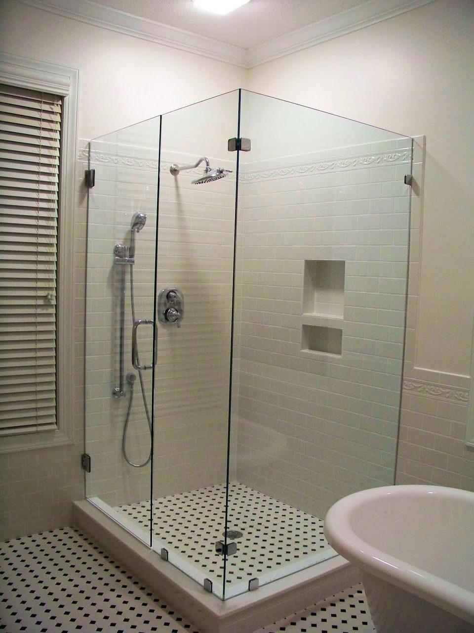 Секс в душовій 23 фотография