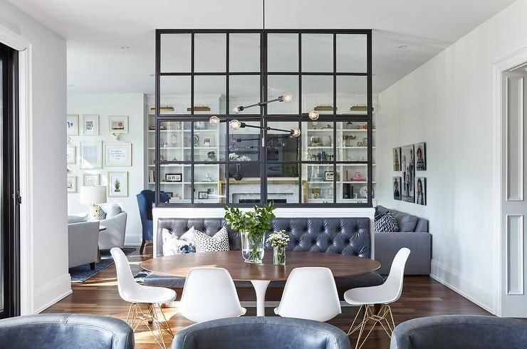 glass-partition-over-dining-bench