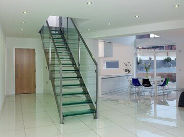 Straight-Glass-Staircase-Pr-L09