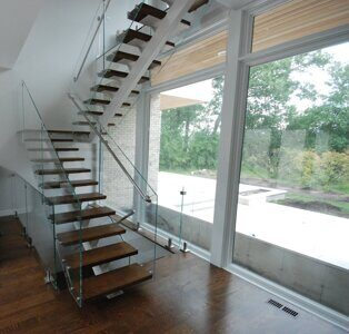 Floating-Wood-Staircase-Glass-2