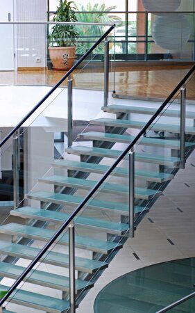 gih_glassstairs_3