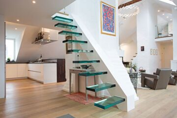 Modern-Glass-Stairs-Loft-Apartment-in-Kungsholmen-Stockholm